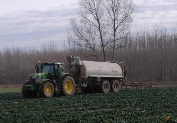 Els equips de mànegues, una millora agrícola i ambiental en l'aplicació de purins al camp